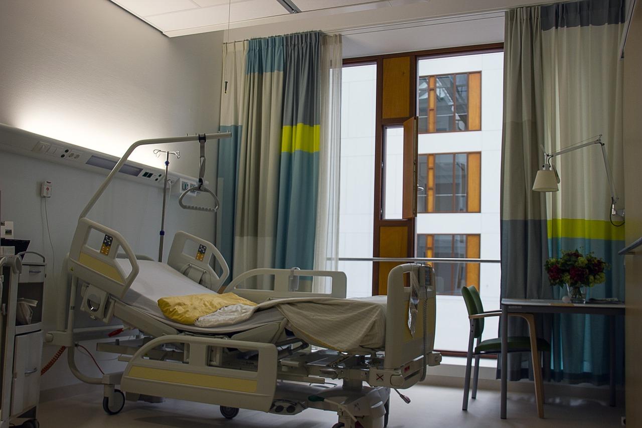 急増中!帯状疱疹は入院治療が必要?完治までの日数や治療費は?