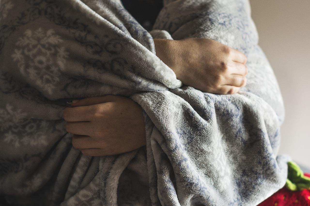 気をつけて、あなたの病気は風邪じゃないかも…腹痛と高熱にはご注意を