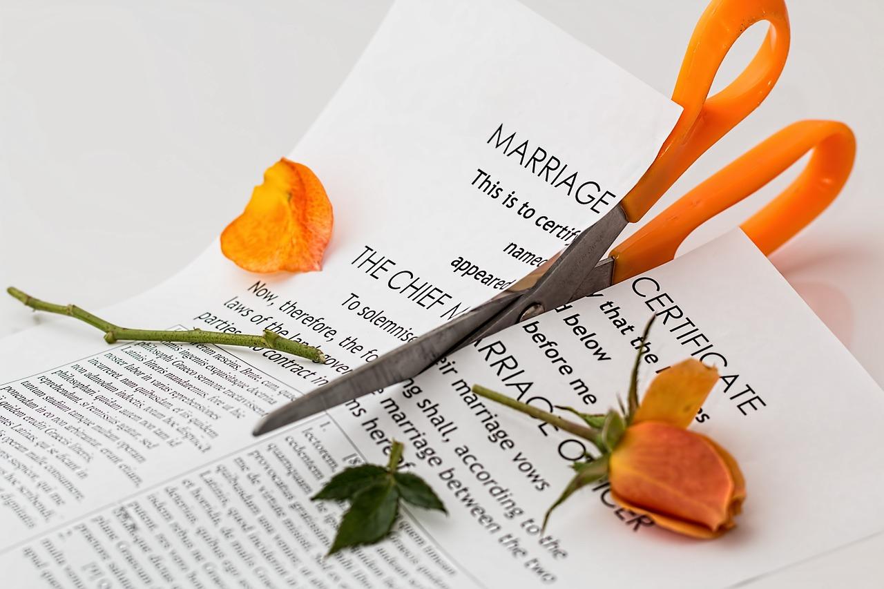 離婚後に気がかりなこと…子供の戸籍謄本はどうなるの?手続きも教えて
