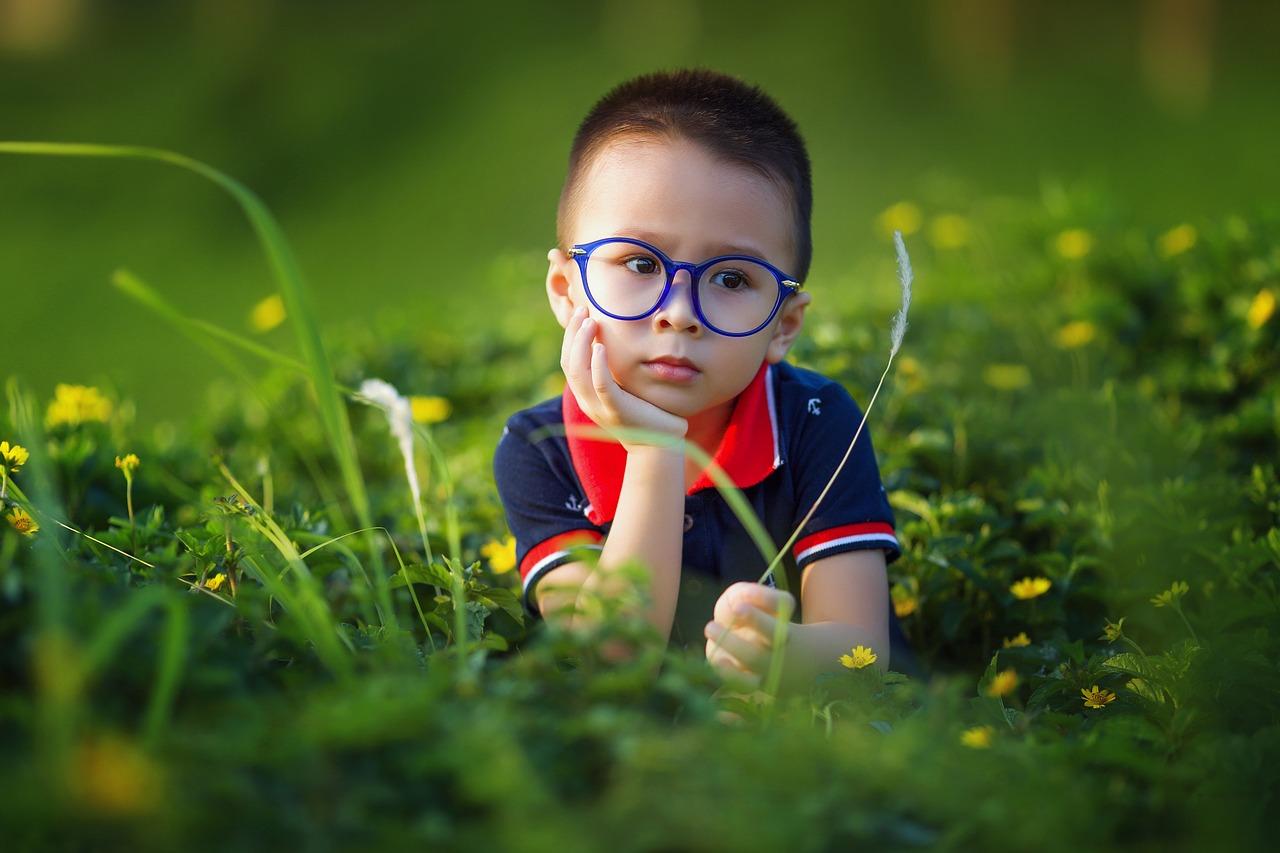 「子ども・子供」の表記の使い分け…区別の意味は何?違いを解説!