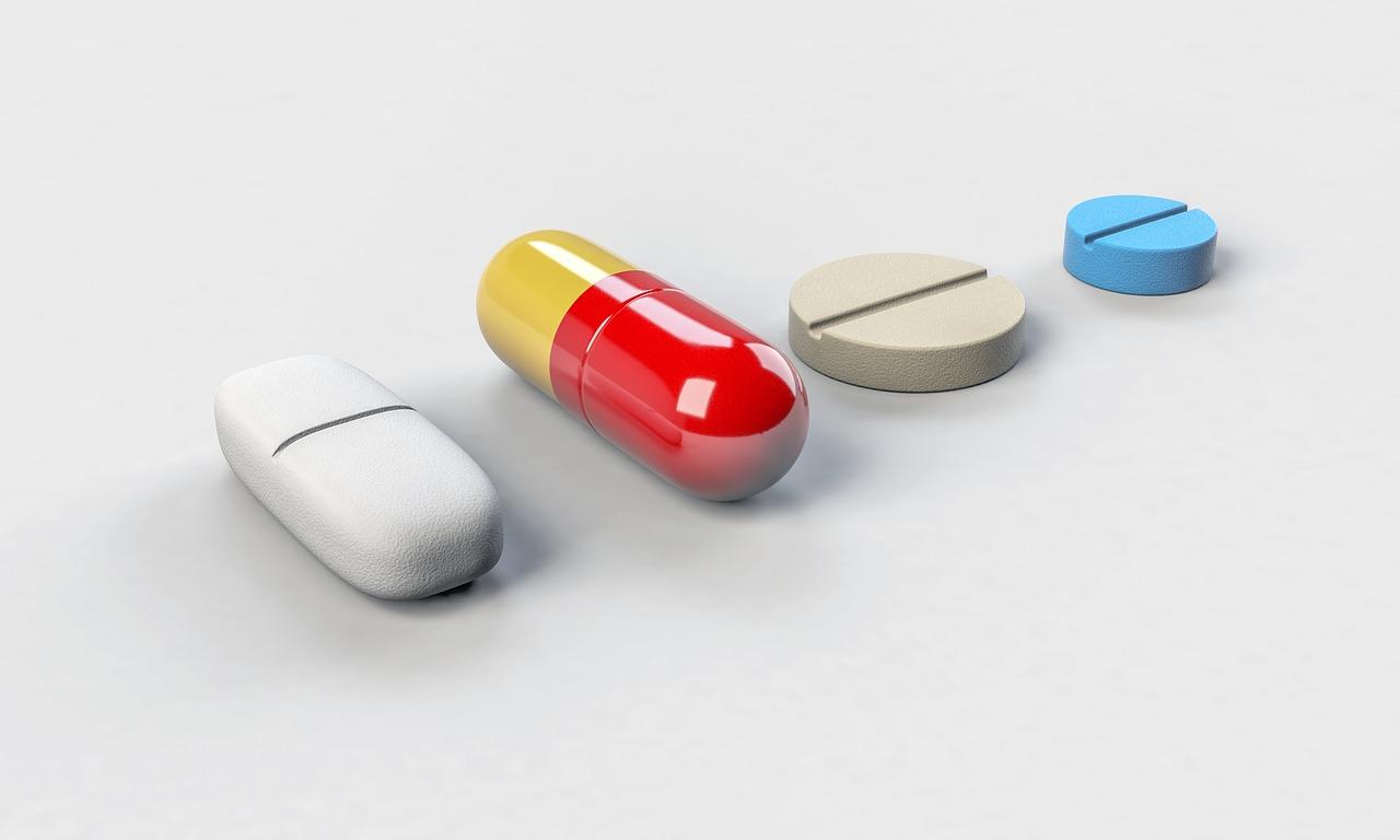 ロキソニン等の痛み止めも効かない!ヘルニアの治療方法について