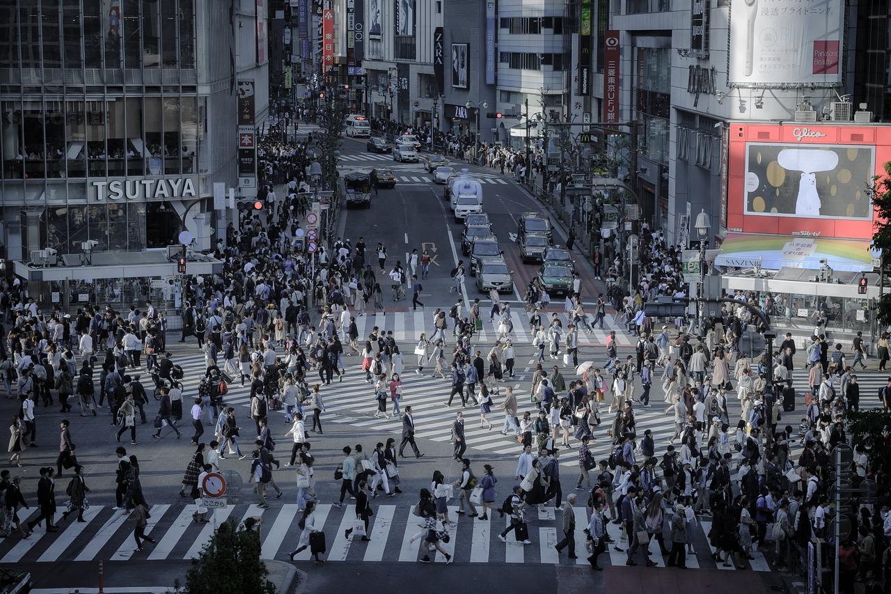 東京生活は「苦しい」と感じる人も。それでも住み続けるワケって?