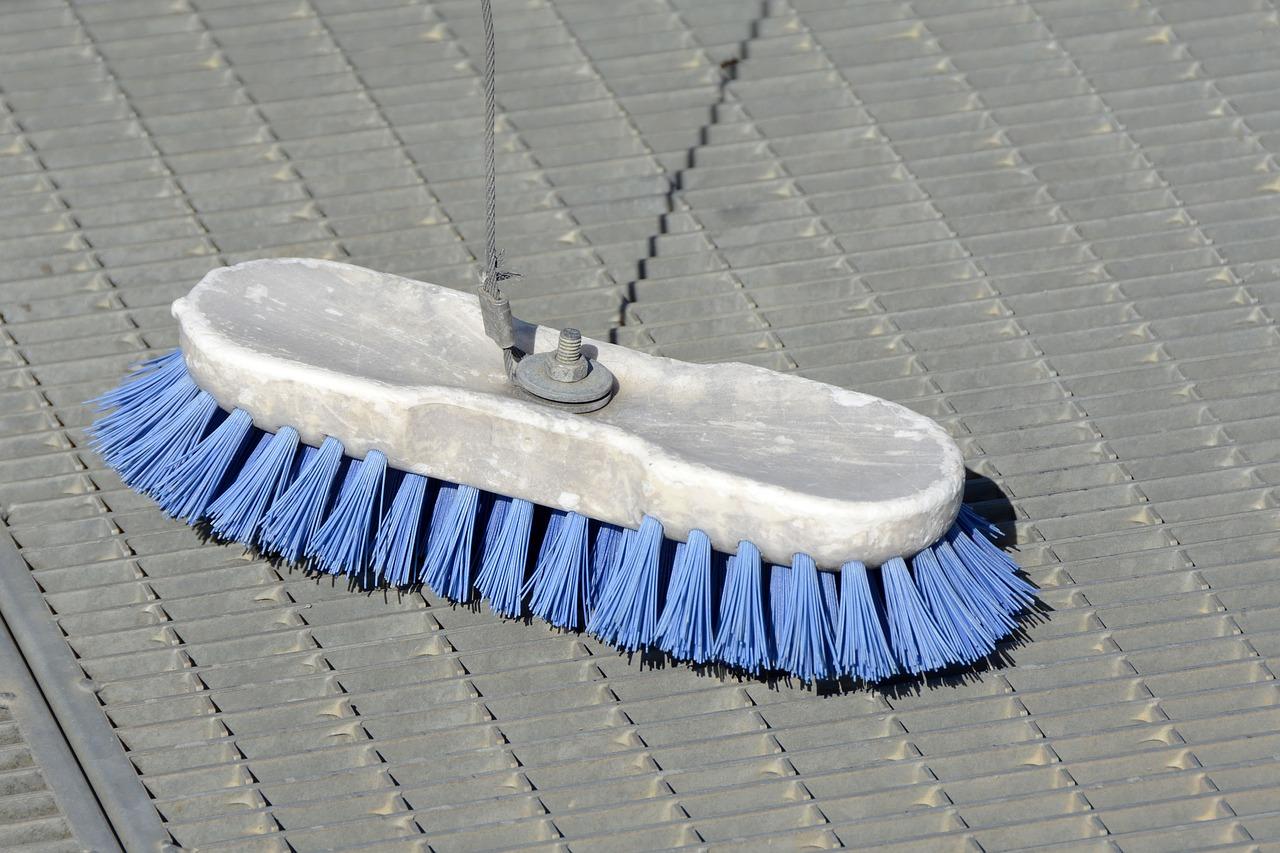 エアコンの送風運転の嫌な臭いは掃除のサイン!解消法とは?