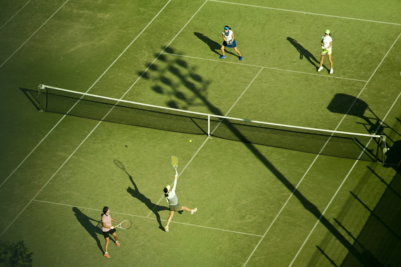 テニスの練習メニューはサークルの場合、気をつける事とは?