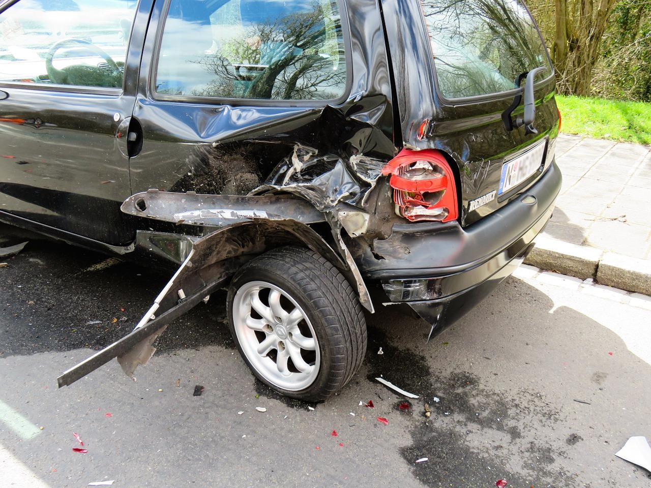 交通事故の治療!病院で保険証を利用する時…医療機関のデメリット!