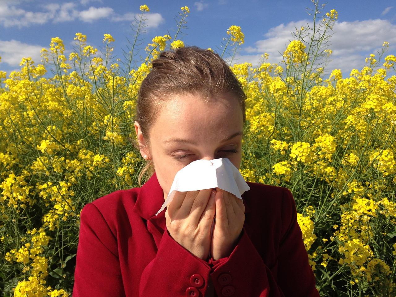 花粉症の症状に効く!治療法の種類・市販と処方の薬の効果や副作用!