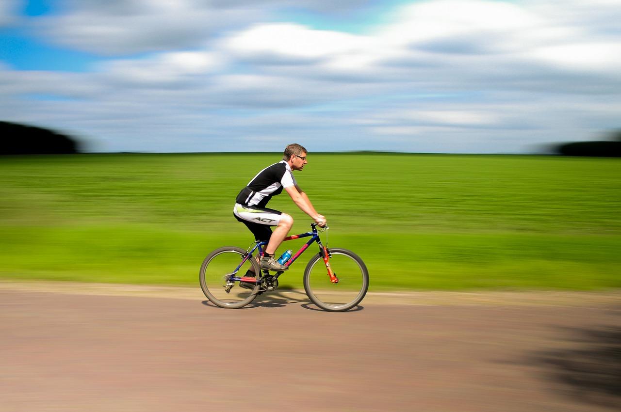 自転車と徒歩、カロリー消費量が多いのは?消費の効率アップ方法