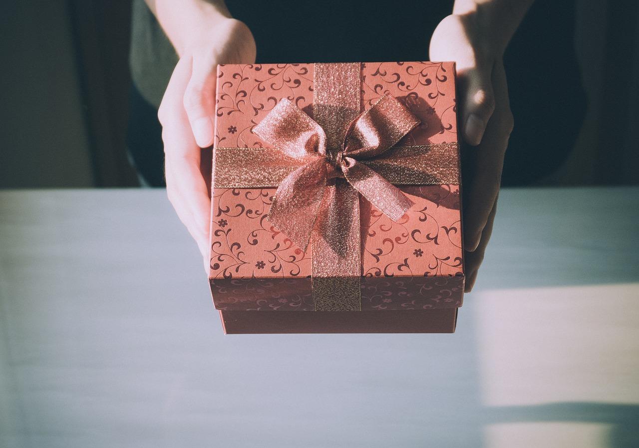 40代後半の女性へ贈るプレゼント。何が喜ばれるの?