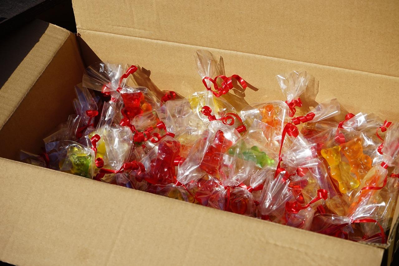 アメリカに食べ物を送る方法|郵便局の国際郵便サービスを活用☆