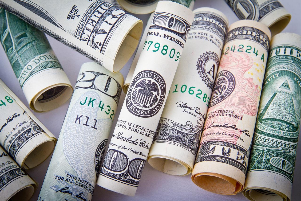 海外銀行で外貨預金は安心?リスクを日本と比較!財政破綻の危険性