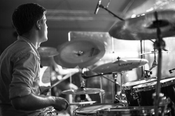 ドラムがうまくなりたい!練習を自宅でするには?