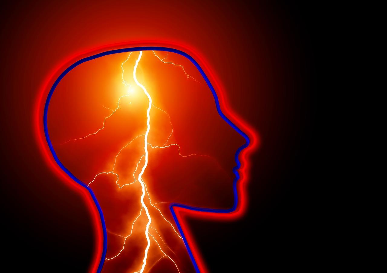 頭の痛みは2種類!脳の血管の痛みと筋肉等の痛み。脳の病気は?