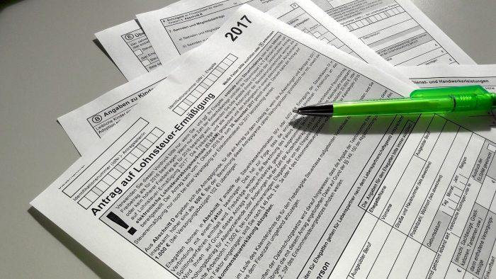 確定申告後、源泉徴収票に誤りがあった時はどうしたらいい?