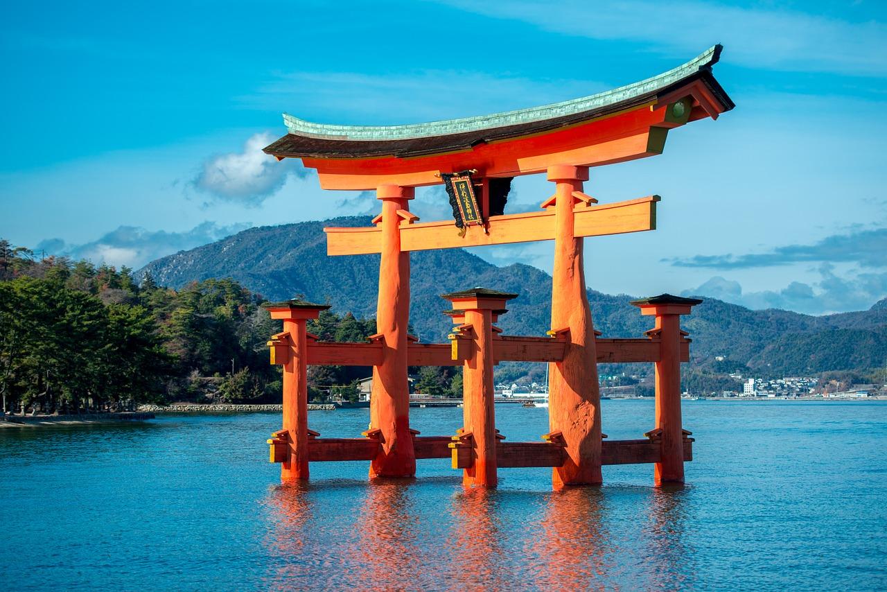 外国人に人気「日本の好きな場所」ランキング入り観光地や温泉を紹介