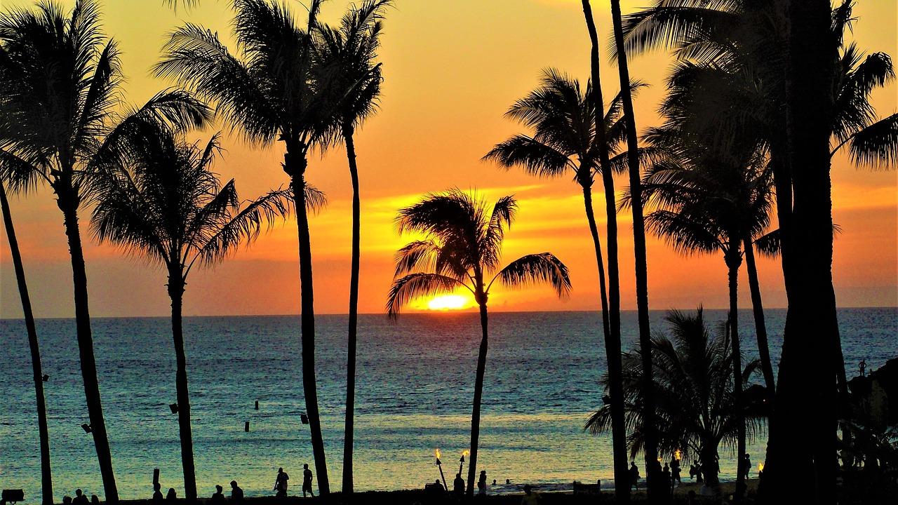 人気のハワイへ行こう♪旅行の安い時期は?費用を抑えたい人必見!
