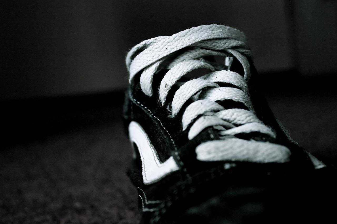 靴を「洗うときのポイント」早い乾かし方は?洗い方・干し方のコツ!