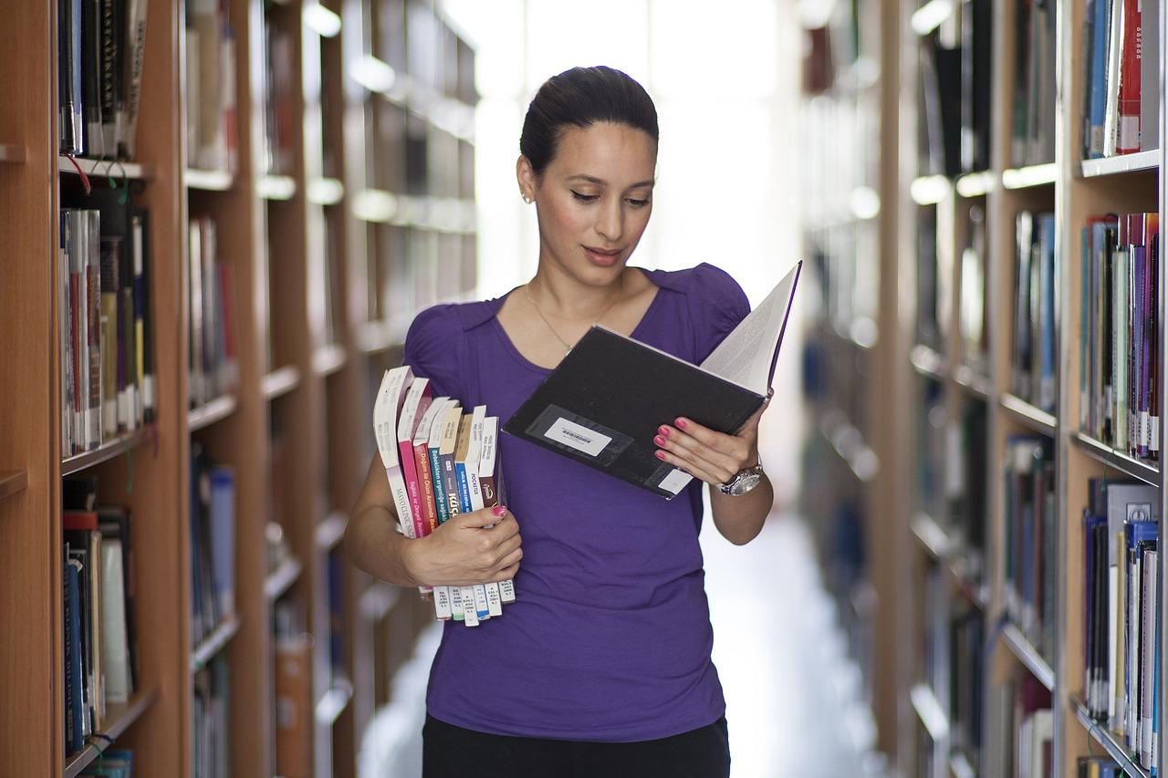 自分の強みになる!大学生が取得すべきおすすめの資格〜文系