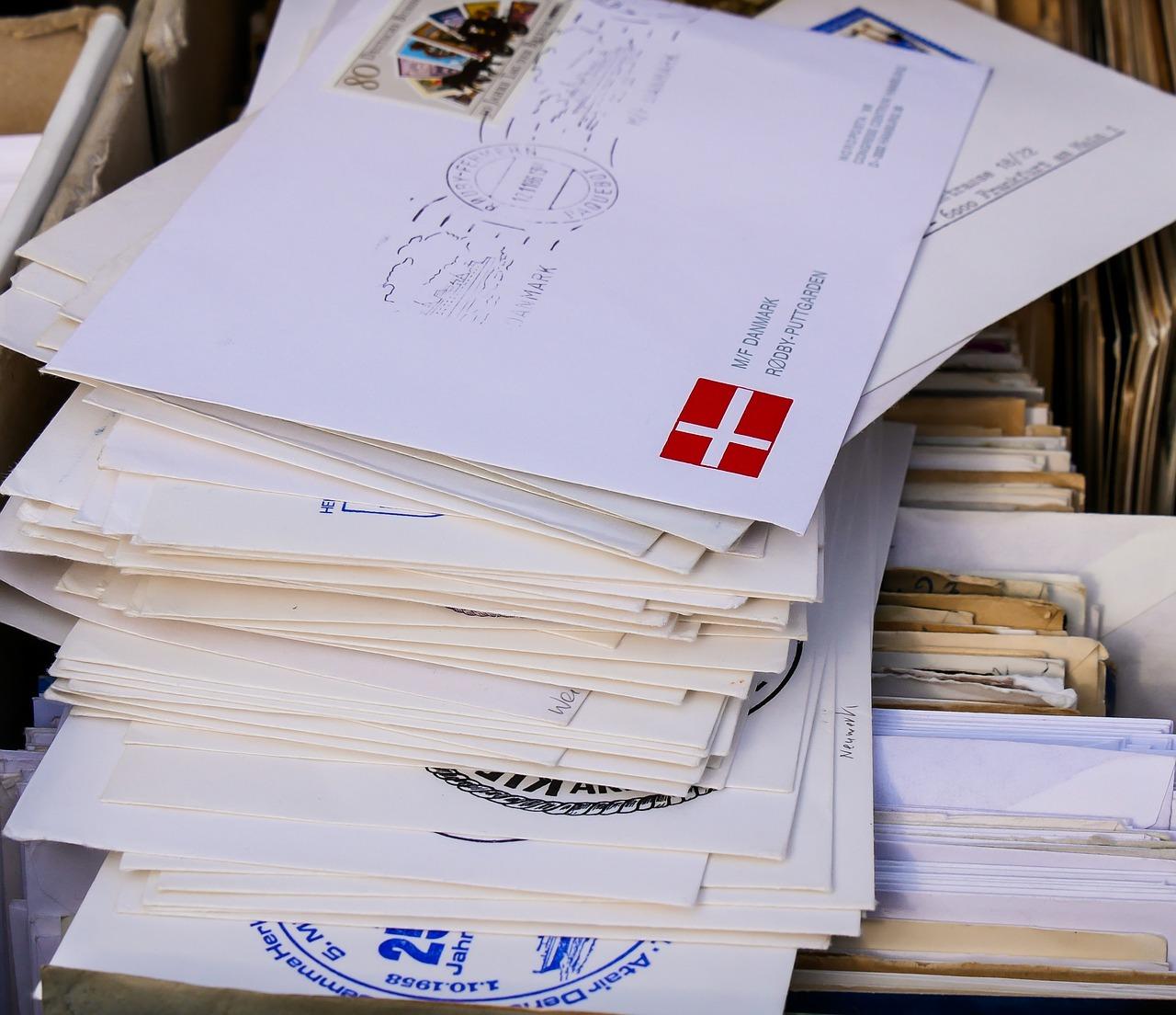 郵便局で書類を送るには?『簡易書留』で送る方法を知りたい☆