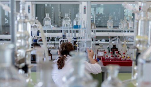 大学レベルの化学を独学で勉強する場合、効果的な方法とは?